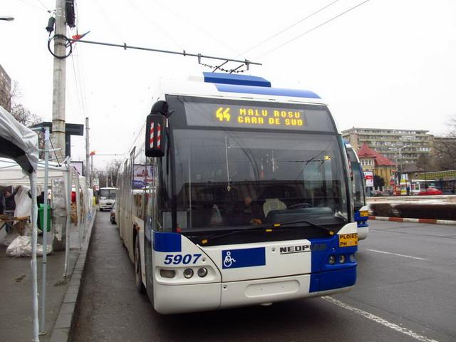 #5207, linia 44, 24-02-2013
