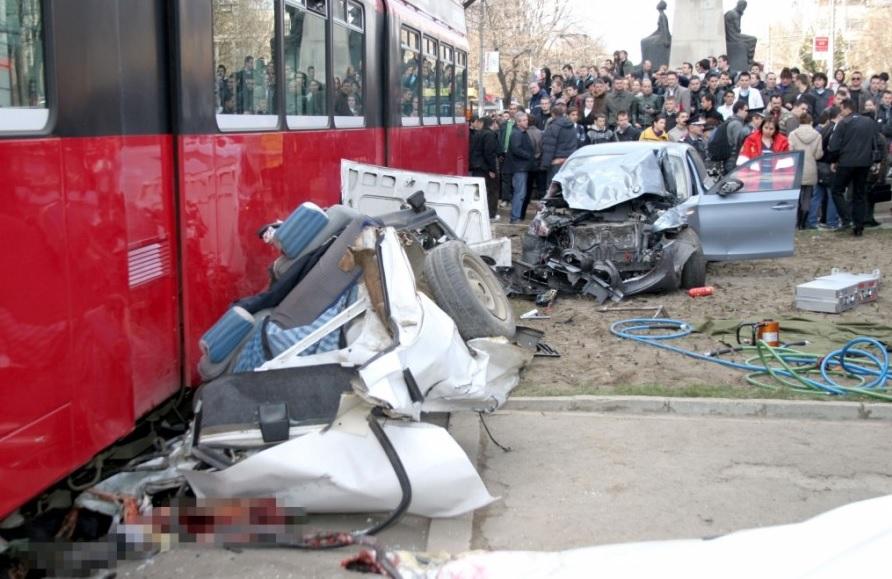 ratp iasi accident tramvai